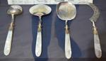 Service à glace : 2 pelles, 1 cuiller, 1 serpette, fin XIXe, Musée de Vire.